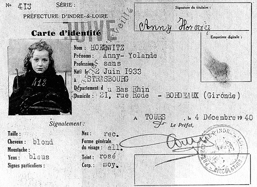Личное удостоверение Анни Горовиц. 1940 г. В 1942 г. депортирована в Освенцим