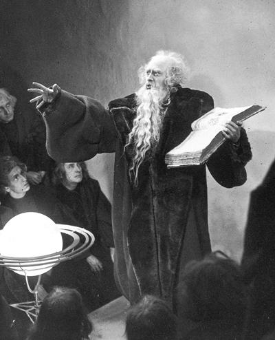 Кадр из фильма «Фауст», реж. Мурнау, 1926