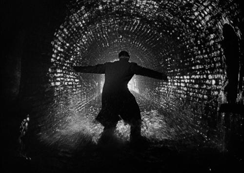 Кадр из фильма «Третий человек», реж. К. Рид, 1949