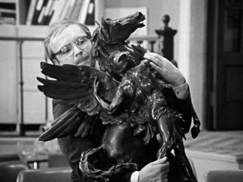 Кадр из фильма Эльдара Рязанова «Служебный роман» (1977)