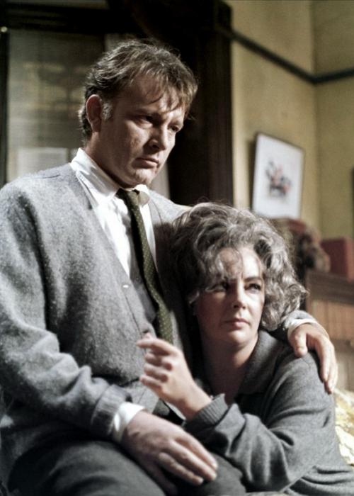 Ричард Бартон и Элизабет Тейлор в фильме Майка Николса «Кто боится Вирджинии Вульф?» (1966)