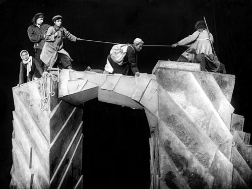 Евгений Шварц. «Клад». Реж. Борис Зон, 1933