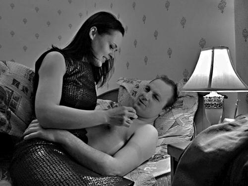 Две девушки и парень порно видео онлайн