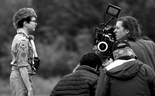 Уэс Андерсон на съемках «Королевства полной луны»