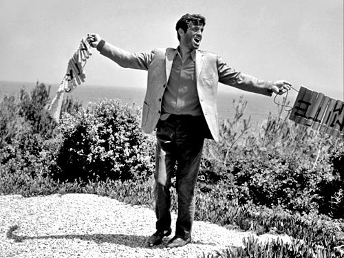 «Безумный Пьеро». Реж. Жан-Люк Годар, 1965