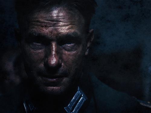 Актер Томас Кречман в роли капитана Кана. Александр Низовский. Увеличить