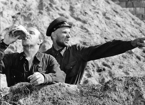 «Проверка на дорогах». Реж. Алексей Герман, 1971