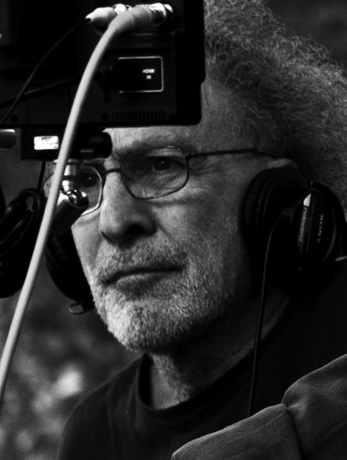 Монте Хеллман на съемках фильма «Дорога в никуда», 2010