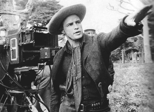 Марлон Брандо на съемках фильма «Одноглазые валеты»