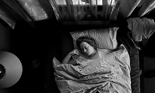 «Интимные места». Реж. Наташа Меркулова и Алексей Чупов, 2013