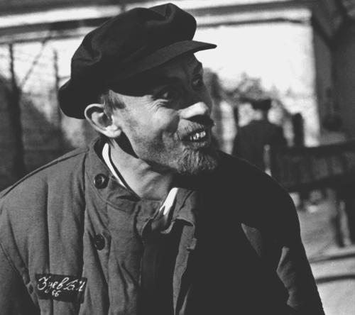 «Комедия строгого режима». Реж. Михаил Григорьев, Виктор Студенников. 1992