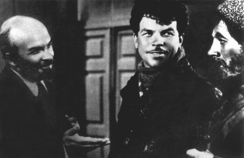 «Человек с ружьем». Реж. Сергей Юткевич. 1938