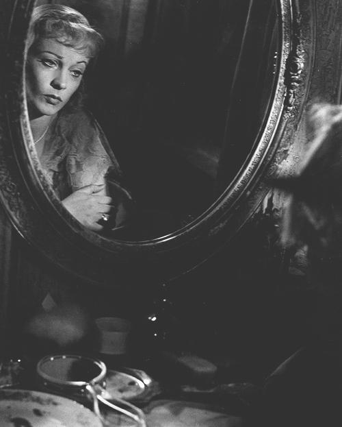 """«Трамвай """"Желание""""». Реж. Элиа Казан, 1951"""