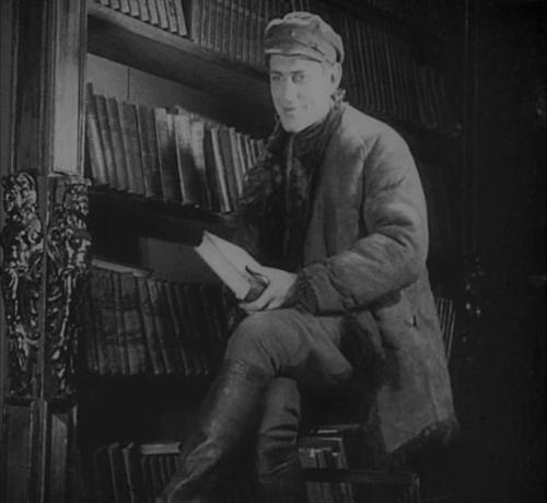 «Два дня». Реж. Георгий Страбовой, 1927