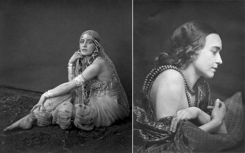 Слева: Йенни Хассельквист в образе Шехерезады.  Справа: портрет Йенни Хассельквист