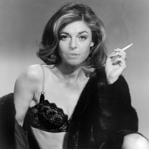 Энн Бэнкрофт на съемках фильма «Выпускник» (1967)
