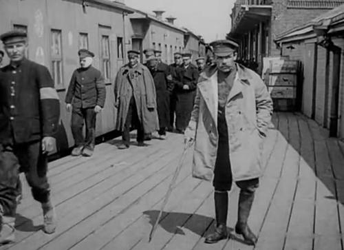 «Прибытие русских инвалидов из германского плена» («Кино -неделя №3»)