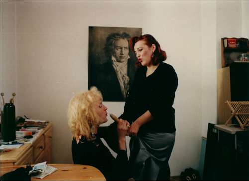 «Мраморная задница». Реж. Желимир Жилник, 1995