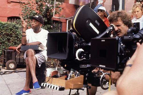 Спайк Ли на съёмках фильма «Делай как надо» (1989)