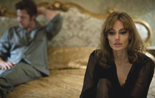 «Лазурный берег». Реж. Анджелина Джоли-Питт. 2016