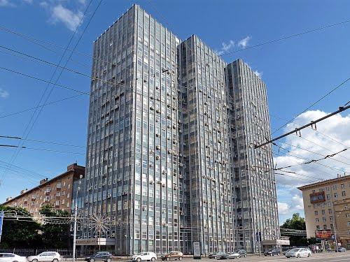 Здание Госстандарта на Ленинском проспекте. Арх. Яков Белопольский, 1966—1967
