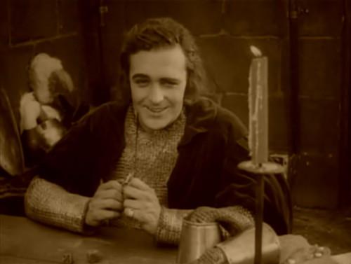 Вфильме «Жанна-женщина» (1916, реж. Сесиль Б. ДеМилль)