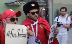 Актеры Театра.<em>doc</em> задержаны за раздачу листовок о Сенцове фанатам