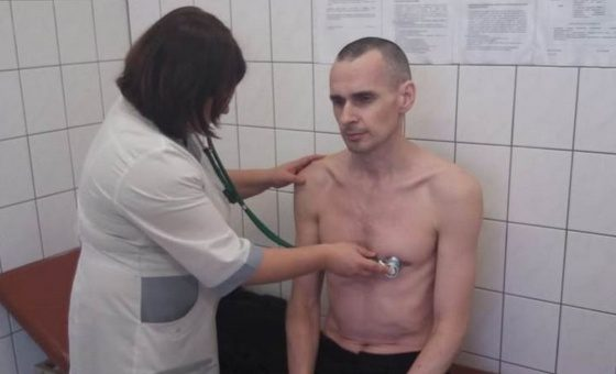 Олег Сенцов прекратил голодовку