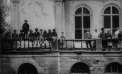 «Годовщина революции» — кинодебют Дзиги Вертова с Троцким и Чапаевым