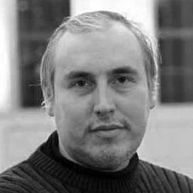 Дмитрий Комм