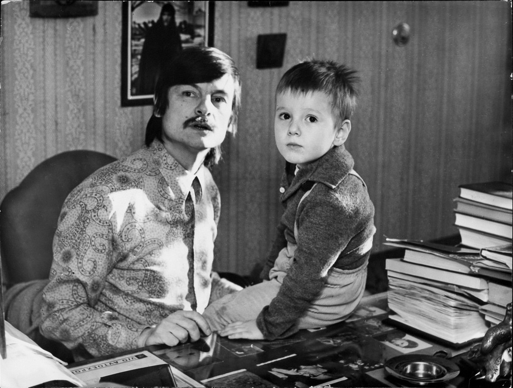 https://seance.ru/wp-content/uploads/2019/10/tarkovsky_jr_05.jpg