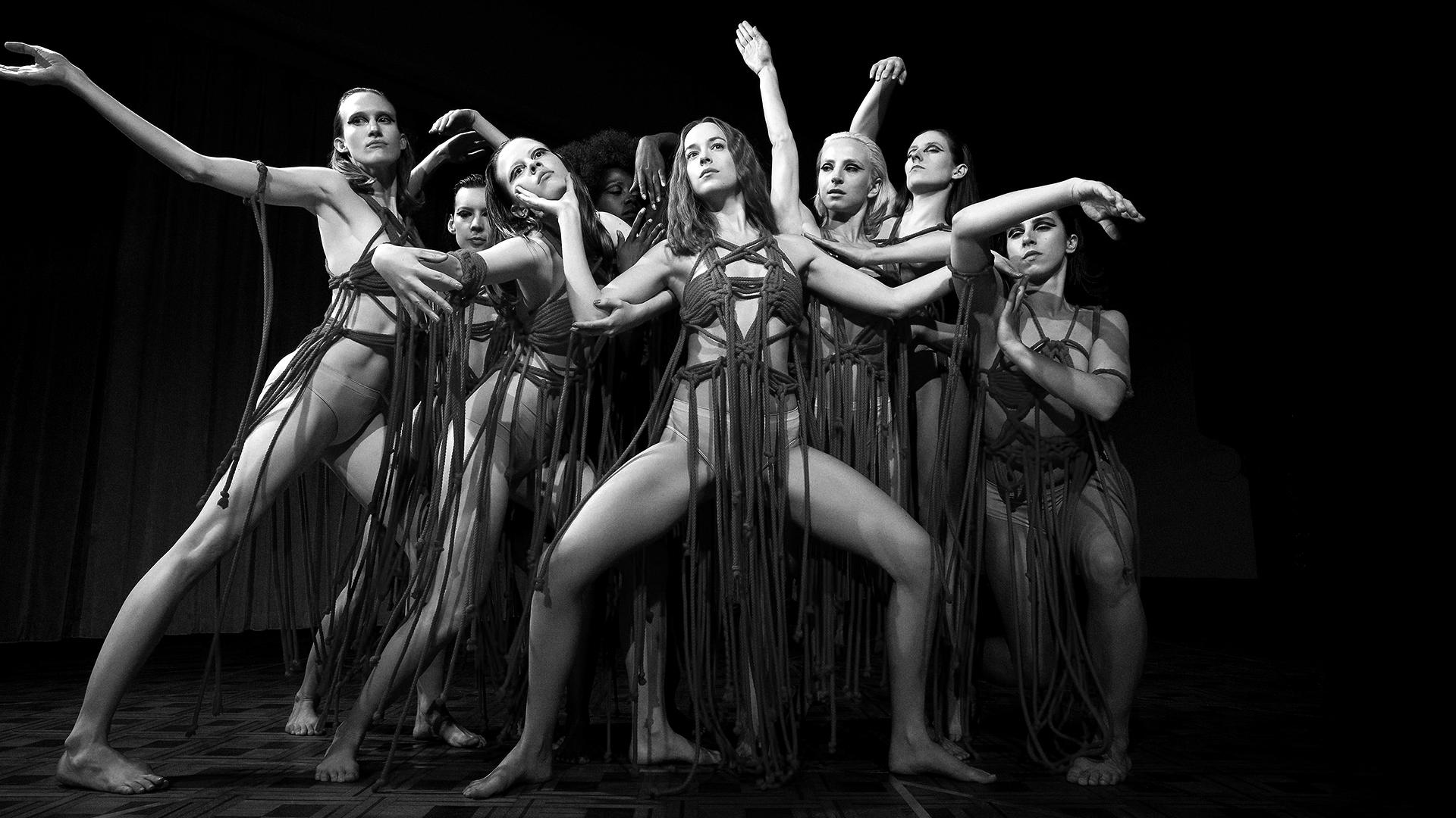 «Суспирия» Луки Гуаданьино: Красные танцы