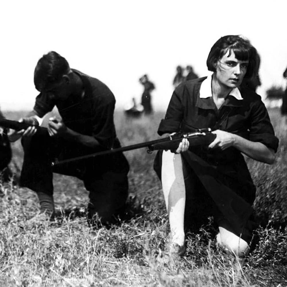 «Наши девушки». Реж. Владимир Браун, А. Галай. 1930. Фото: Госфильмофонд