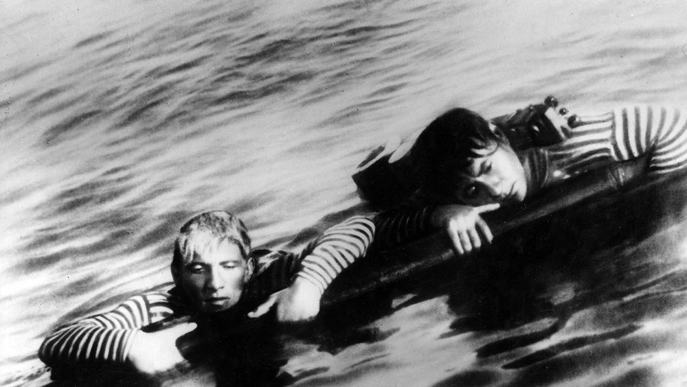 «У самого синего моря». Реж. Борис Барнет. 1935