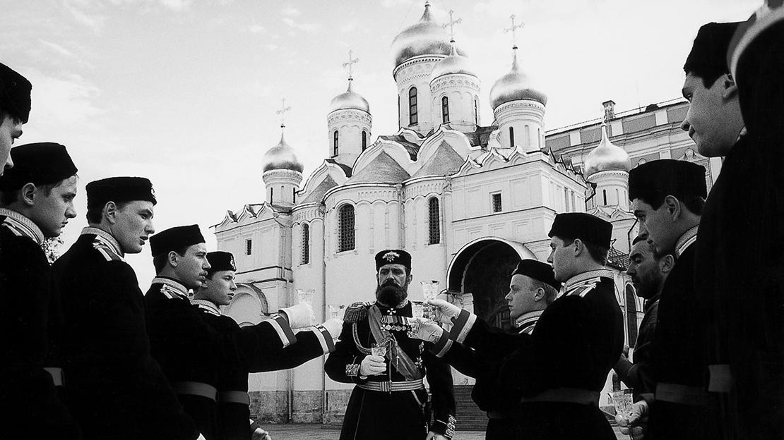Старые песни про «особый путь»— «Сибирский цирюльник» впрокате